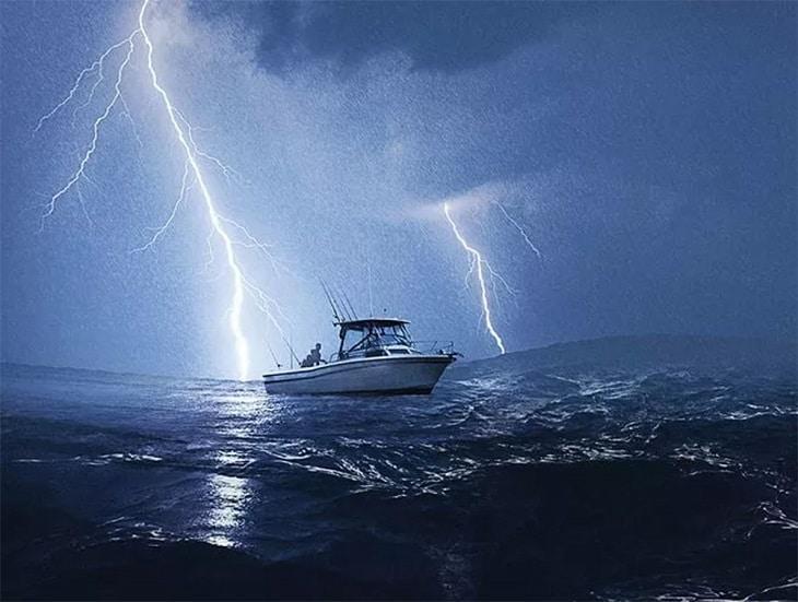 Não temas a tempestade, Jesus está na barca com você